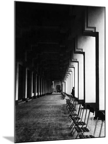 Antwerp, Belgium, 1930-Edward Hungerford-Mounted Photographic Print