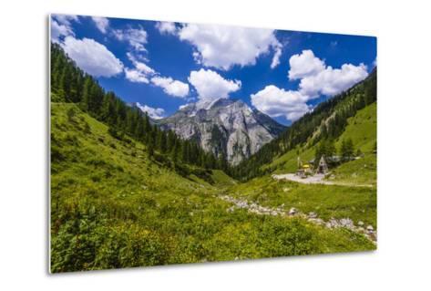 Austria, Tyrol, Karwendel Mountains, Alpenpark Karwendel, Alpine Village 'Eng'-Udo Siebig-Metal Print