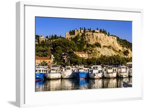France, Provence, Bouches-Du-Rh™ne, Riviera, Cassis, Harbour with Castle-Udo Siebig-Framed Art Print