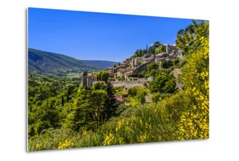 France, Provence, Vaucluse, Bonnieux, View of the Village-Udo Siebig-Metal Print