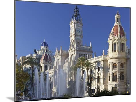 Spain, Valencia, Place De L'Ajuntament, City Hall, Well-Rainer Mirau-Mounted Photographic Print