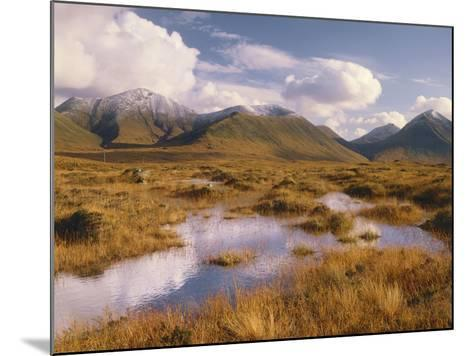 Great Britain, Scotland, Inner Hebrides, Island Skye, Moorland, Moor, Cuillin Hills-Thonig-Mounted Photographic Print
