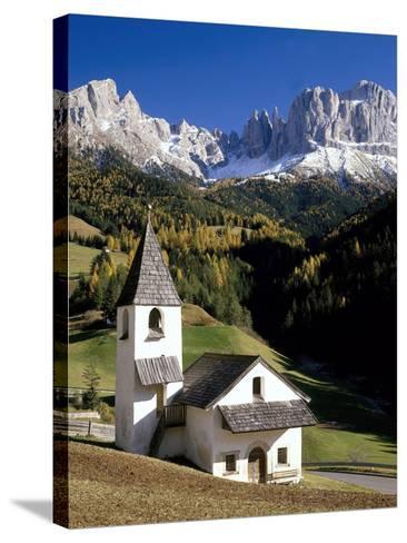 Italien, Sv¼dtirol, Villnv?VŸtal, St. Cyprian, Geislerspitzen, AuvŸen, Berglandschaft-Thonig-Stretched Canvas Print