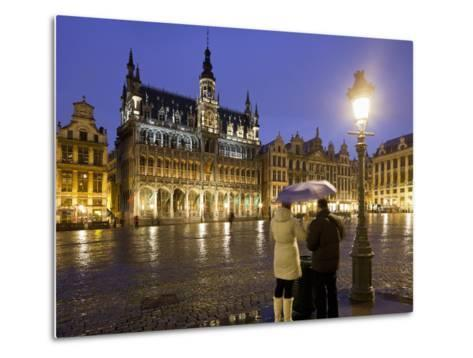 Belgium, Brussels, Grand-Place, Grote Market, Couple, Evening-Rainer Mirau-Metal Print