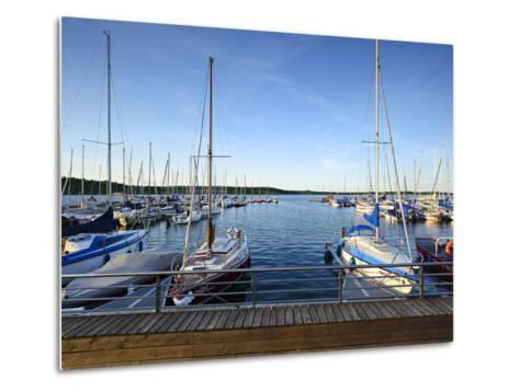 Germany, Saxony-Anhalt, MŸcheln, Geiseltalsee, Marina, Sailboats in the Evening Light-Andreas Vitting-Metal Print