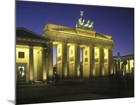 Germany, Berlin, Mitte, Pariser Platz, the Brandenburg Gate, Early Classicism, Dusk-Andreas Keil-Mounted Photographic Print