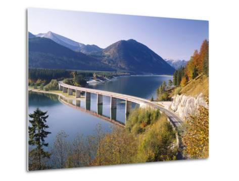 Germany, Upper Bavaria, Reservoir, 'Sylvensteinstausee', Bridge, Autumn-Thonig-Metal Print