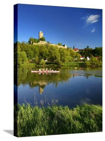 Germany, Saxony-Anhalt, Rowing Boat in Front of Castle and Village Schšnburg at the Saale-Andreas Vitting-Stretched Canvas Print
