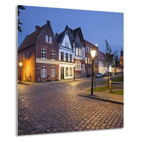 Houses at the Mittelburgwall (Street), Friedrichstadt, Schleswig-Holstein, Germany-Rainer Mirau-Metal Print
