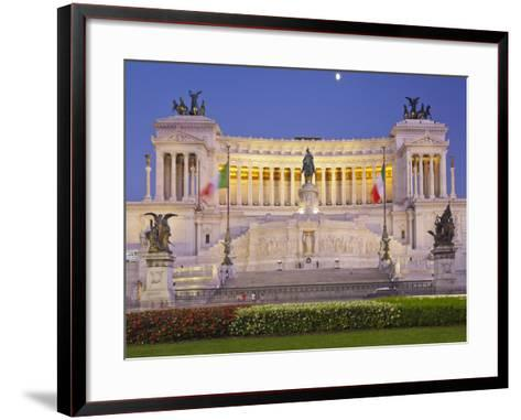 Monumento Vittorio Emanuele Ii, Piazza Venezia, Rome, Lazio, Italy-Rainer Mirau-Framed Art Print