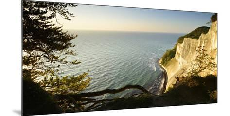 Denmark, Island M¿n, the Chalk Rocks of M¿ns Klint in the Morning Light-Andreas Vitting-Mounted Photographic Print