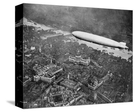 The Airship 'Graf Zepplin' over London, August 1931--Stretched Canvas Print