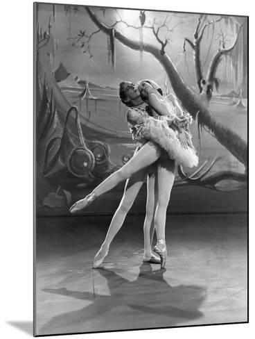 The Red Shoes, Robert Helpmann, Moira Shearer, 1948--Mounted Photo