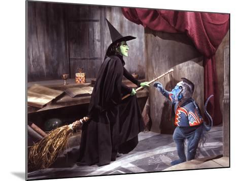 The Wizard of Oz, Margaret Hamilton, 1939--Mounted Photo