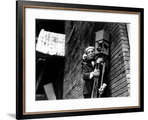 The Cameraman, Buster Keaton, 1928--Framed Art Print
