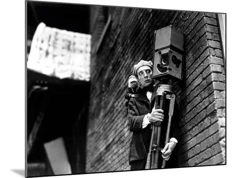 The Cameraman, Buster Keaton, 1928--Mounted Photo