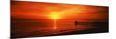 Sunset over the Ocean, Key Largo, Florida Keys, Florida, USA--Mounted Photographic Print