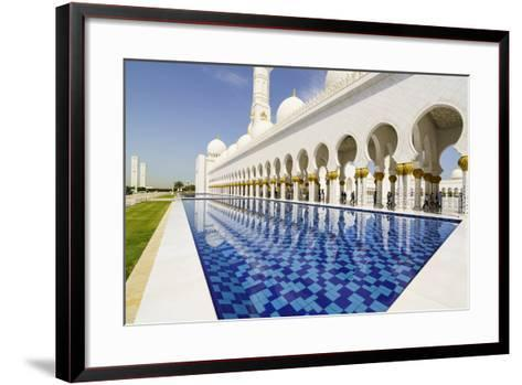 Sheikh Zayed Grand Mosque, Abu Dhabi, United Arab Emirates, Middle East-Fraser Hall-Framed Art Print