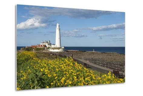St. Mary's Lighthouse, Whitley Bay, Northumbria, England, United Kingdom, Europe-James Emmerson-Metal Print