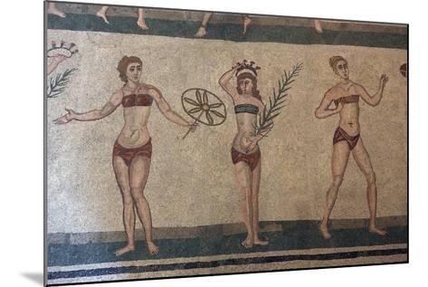 Mosaic, Villa Romana Del Casale, Piazza Armerina, UNESCO World Heritage Site, Sicily, Italy, Europe-Vincenzo Lombardo-Mounted Photographic Print