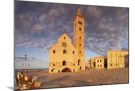 San Nicola Pellegrino Cathedral at Sunset, Piazza Del Duomo, Trani-Markus Lange-Mounted Photographic Print