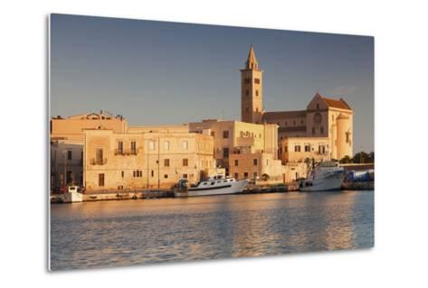 San Nicola Pellegrino Cathedral, at Sunrise, Harbour, Trani, Le Murge-Markus Lange-Metal Print