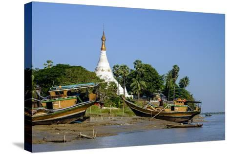 Banks of the River Salouen (Thanlwin), Mawlamyine (Moulmein), Myanmar (Burma), Asia-Nathalie Cuvelier-Stretched Canvas Print