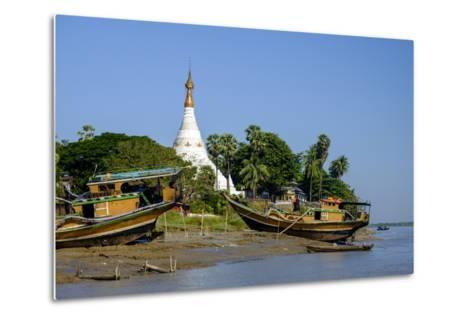 Banks of the River Salouen (Thanlwin), Mawlamyine (Moulmein), Myanmar (Burma), Asia-Nathalie Cuvelier-Metal Print