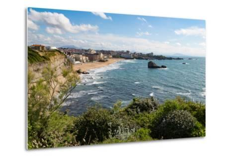 The Beach and Seafront in Biarritz, Pyrenees Atlantiques, Aquitaine, France, Europe-Martin Child-Metal Print