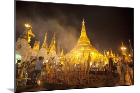 Shwedagon Pagoda, Yangon (Rangoon), Myanmar (Burma), Asia-Colin Brynn-Mounted Photographic Print