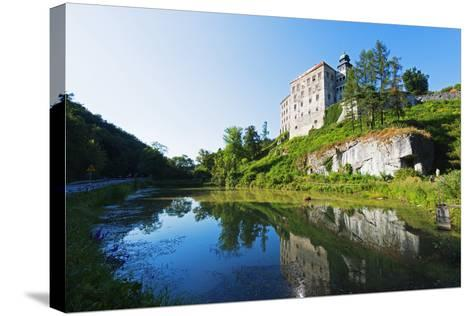 Europe, Poland, Malopolska, Ojcow National Park, Pieskowa Skala Castle-Christian Kober-Stretched Canvas Print