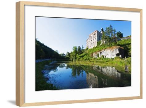 Europe, Poland, Malopolska, Ojcow National Park, Pieskowa Skala Castle-Christian Kober-Framed Art Print