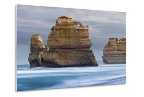 12 Apostles National Marine Park, Gibsons Beach, Port Campbell National Park, Princetown, Victoria-Cahir Davitt-Metal Print
