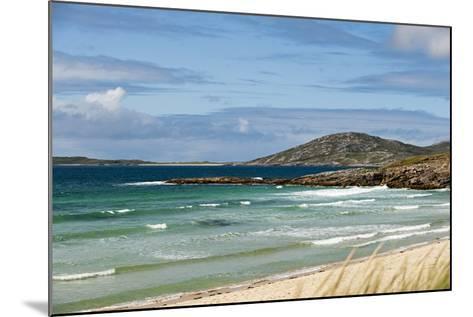 Uk, Scotland, Outer Hebrides, Harris. Ceilebost Beach-John Warburton-lee-Mounted Photographic Print
