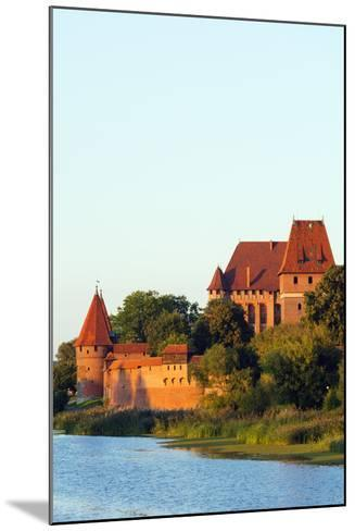 Europe, Poland, Pomerania, Medieval Malbork Castle, Marienburg Fortress of Mary, UNESCO Site-Christian Kober-Mounted Photographic Print