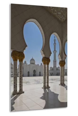 Internal View of the Arcade of the Sheikh Zayed Mosque, Al Maqta District of Abu Dhabi, Abu Dhabi-Cahir Davitt-Metal Print