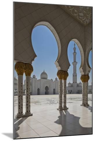Internal View of the Arcade of the Sheikh Zayed Mosque, Al Maqta District of Abu Dhabi, Abu Dhabi-Cahir Davitt-Mounted Photographic Print