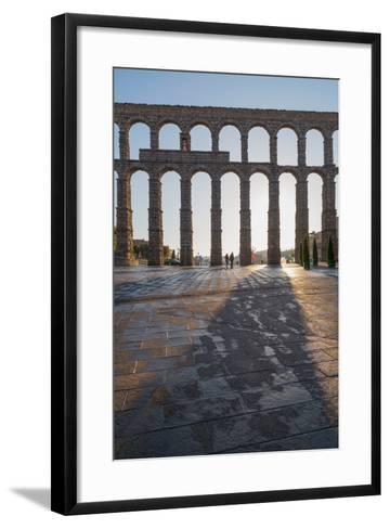 Segovia's Ancient Roman Aqueduct, Segovia, Castilla Y Leon, Spain, Europe-Martin Child-Framed Art Print