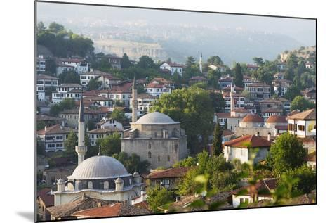 Old Ottoman Town Houses and Izzet Pasar Cami Mosque, Safranbolu, Central Anatolia, Turkey Minor-Christian Kober-Mounted Photographic Print