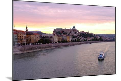 The Danube River and Buda Castle, Budapest, Hungary, Europe-Carlo Morucchio-Mounted Photographic Print