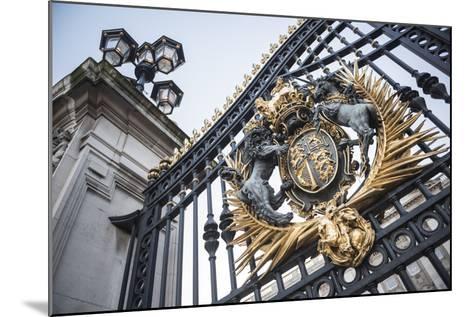 Royal Coat of Arms on the Gates at Buckingham Palace, London, England, United Kingdom, Europe-Matthew Williams-Ellis-Mounted Photographic Print