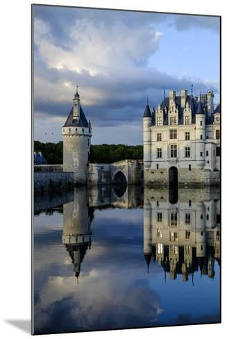 Castle of Chenonceau, Indre Et Loire-Nathalie Cuvelier-Mounted Photographic Print