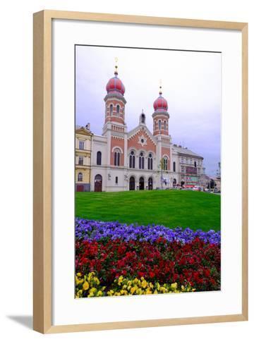 The Great Synagogue, Pilsen (Plzen), Western Bohemia, Czech Republic, Europe-Carlo Morucchio-Framed Art Print