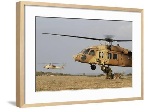 Soldiers Practice External Cargo Mounting on a Uh-60 Yanshuf of the Israel Air Force-Stocktrek Images-Framed Art Print