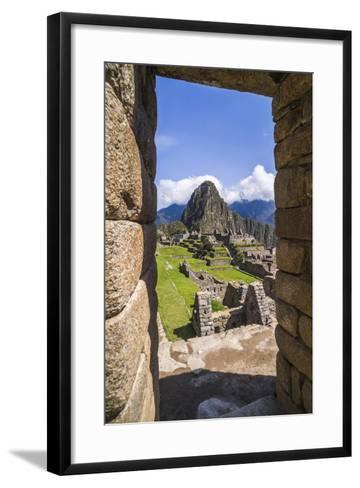 Machu Picchu Inca Ruins and Huayna Picchu (Wayna Picchu), Cusco Region, Peru, South America-Matthew Williams-Ellis-Framed Art Print