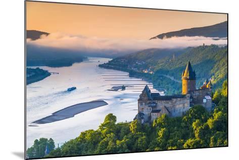 Germany, Rhineland Palatinate, Bacharach, Burg Stahleck (Stahleck Castle), River Rhine-Alan Copson-Mounted Photographic Print