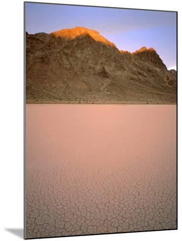 USA, California, Death Valley National Park-John Barger-Mounted Photographic Print