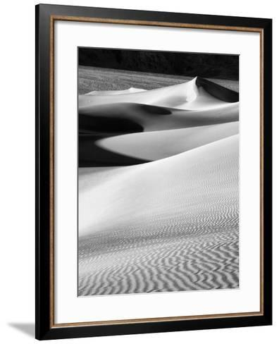 USA, California, Death Valley National Park, Morning Sun Hits Mesquite Flat Dunes-Ann Collins-Framed Art Print