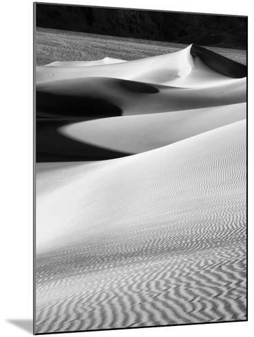 USA, California, Death Valley National Park, Morning Sun Hits Mesquite Flat Dunes-Ann Collins-Mounted Photographic Print