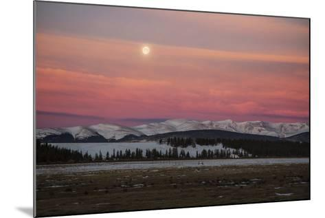 USA, Colorado. Setting Full Moon and Alpenglow Above Mosquito Range-Jaynes Gallery-Mounted Photographic Print